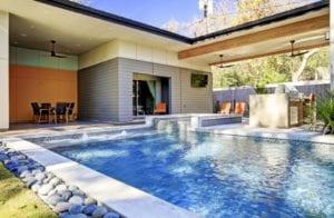Custom pool builder in Cypress, TX